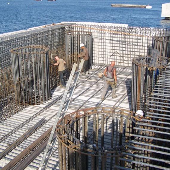 BUESA postes d'amarrage et d'accostage au port de commerce d'ajaccio 2010