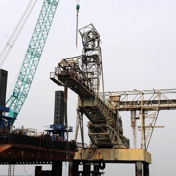EMCC - Remplacement de ducs d'Albe d'accostage- Wharf de Kpémé - Togo 2014