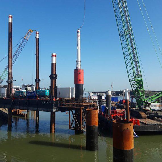 ETMF - Port de Normandie Ouistreham Réalisation des embectages de l'écluse Ouest de Ouistreham et modernisation avant-port