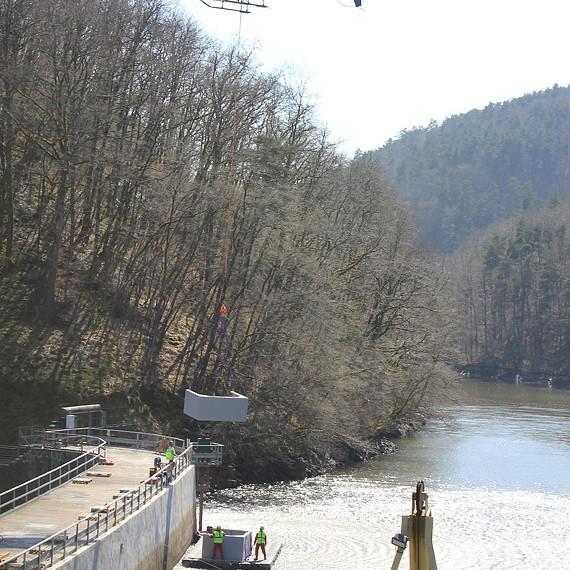 HYDROKARST - Barrage du Miodet, France - Réhabilitation hydromécanique et génie civil de la vanne de fond - EDF - 2012-2013