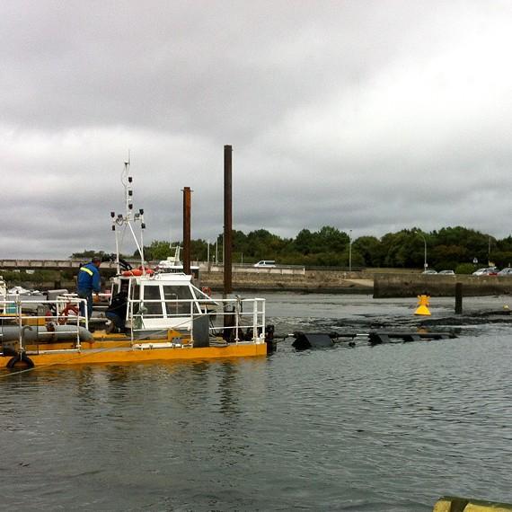 MARC SA - Dragage et refoulemment de sédiements - Port de Vannes 2013
