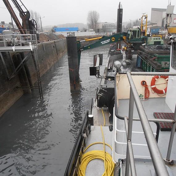 Eco Systèmes de Dragage - Dragage des sédiments contaminés du bassin Duquesne à Dieppe - 2012