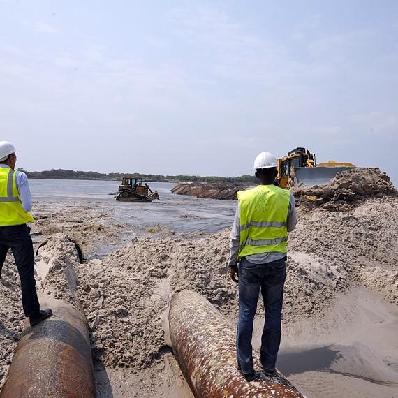 SODRANORD - Dragage et remblaiement pour construction d'une usine d'engrais, Port Gentil - 2013