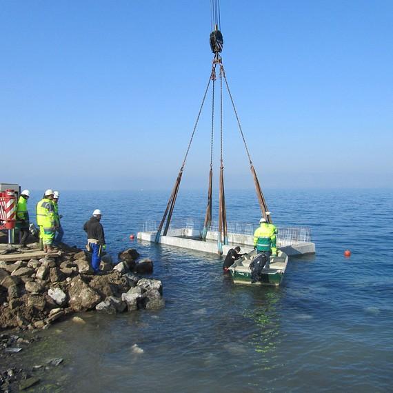 HYDROKARST - Assistance à la pose de caisson d'un quai - Lac léman - 2013